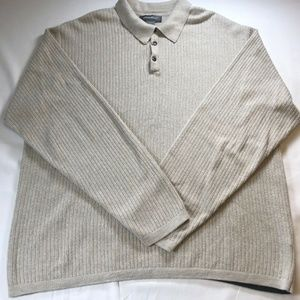 Eddie Bauer mens Large Gray 1/4 button Sweater